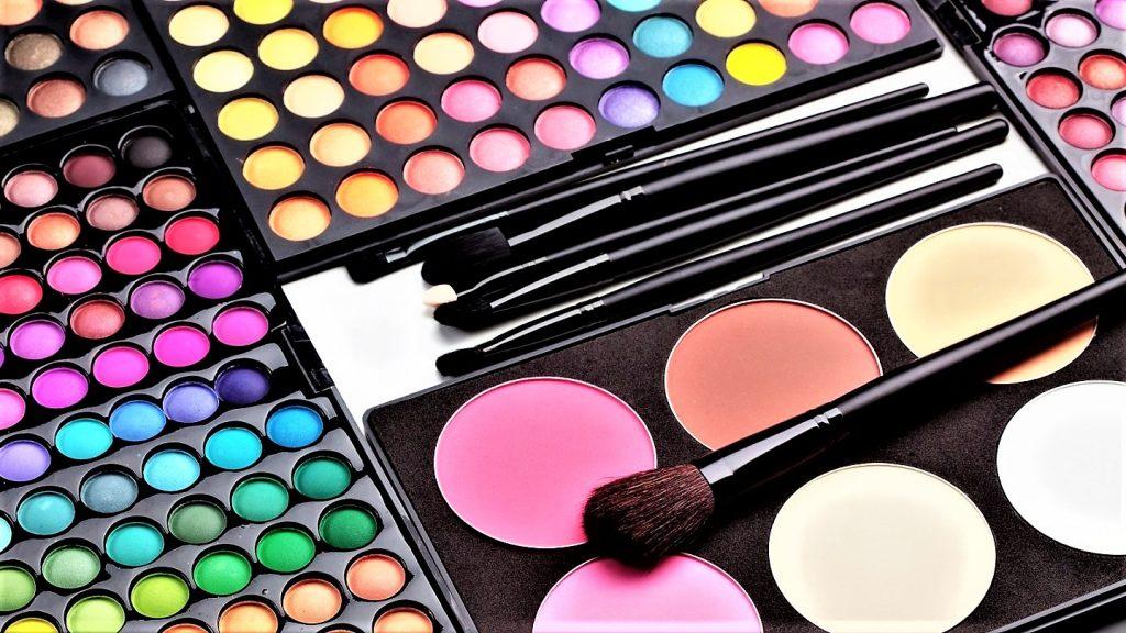 Czy wiesz, jak zrobić perfekcyjny makijaż? Część 1
